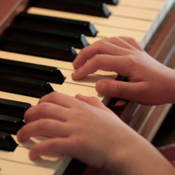 Experiencing Music at the Piano (Kindergartners)