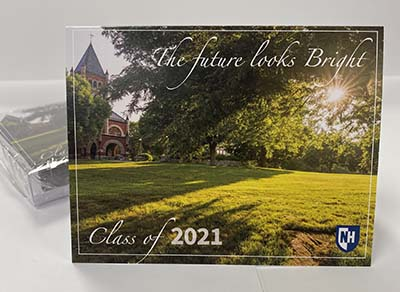 UNH 2021 Graduate Note Card - The Future Looks Bright